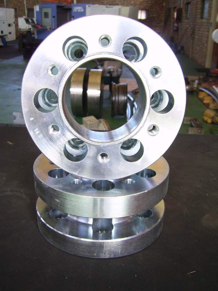 Hilux,Triton, Ford, Isuzu 6 Stud Wheel Spacer 30mm
